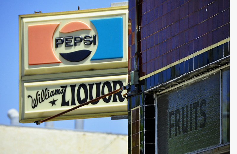 williams liquor. july 2009.
